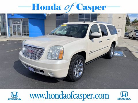 Pre-Owned 2009 GMC Yukon XL Denali With Navigation & AWD